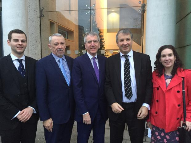 Finance Minister Máirtín Ó Muilleoir today met with some legal professionals to discuss their views on the use of Irish in courts.